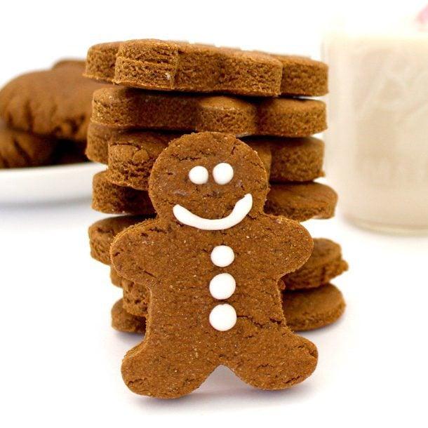 Vegan Gingerbread Cookies (No Refined Sugar + Gluten-Free Option)