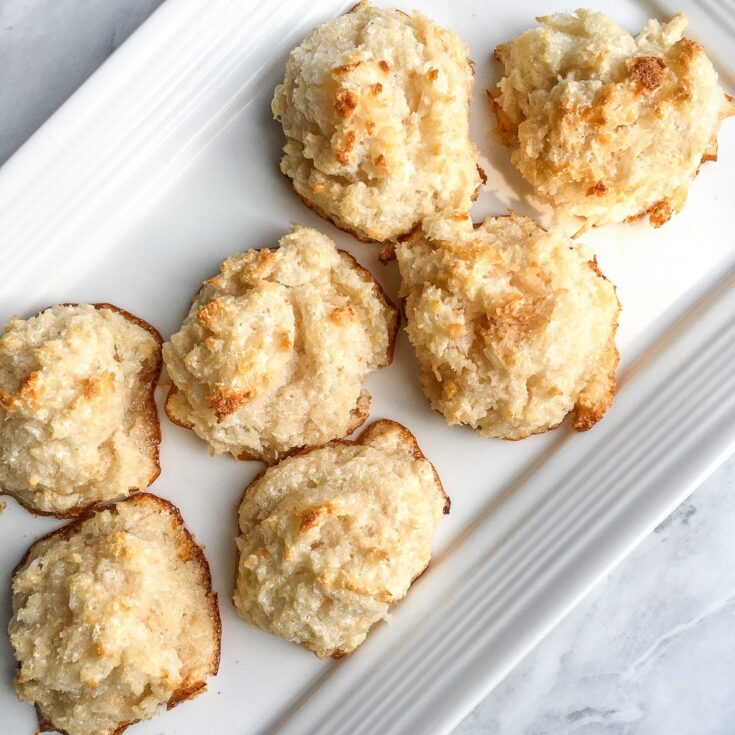 5-Ingredient Chewy Coconut Macaroons (Gluten-free)