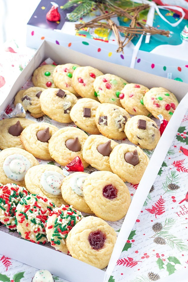Five Christmas Cookies One Dough